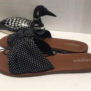 Arizona Jean Co Black/ White Polkadot Sandals new